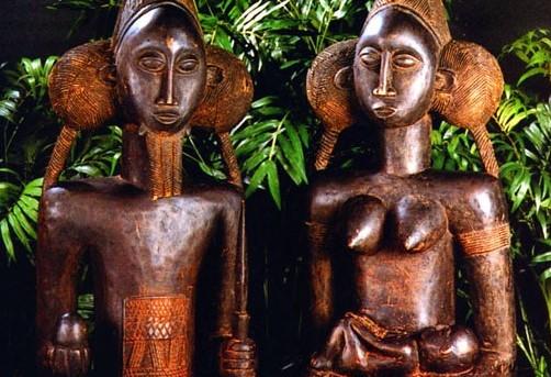 [object object] Dr. Lux Elvira Központ Fertility Statues Ripleys Believe It or Not